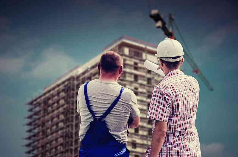Adwokat - obsługa prawna firm budowlanych