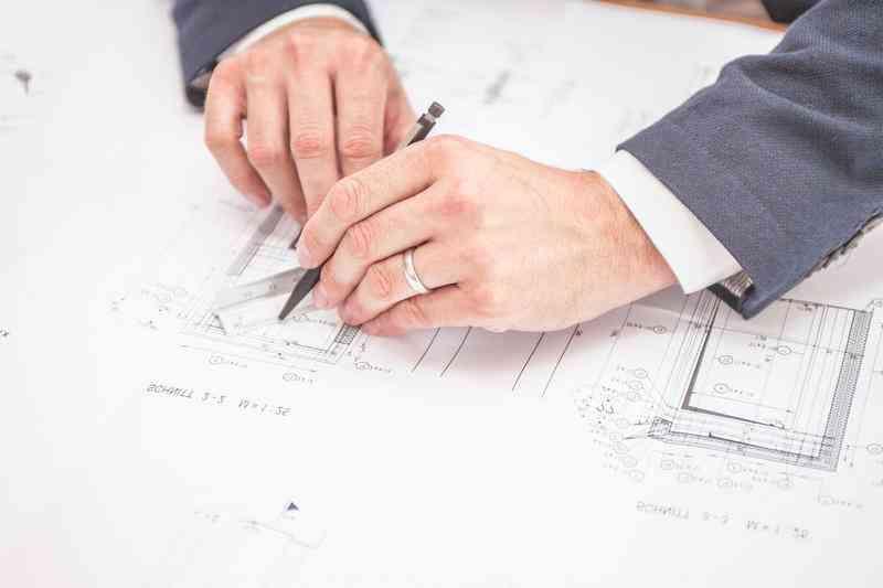 Radca prawny prawa budowlanego